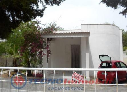 Appartamento in vendita a Manduria, 5 locali, prezzo € 158.000 | Cambio Casa.it
