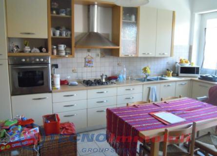 Appartamento in vendita a Torino, 2 locali, prezzo € 75.000 | Cambio Casa.it