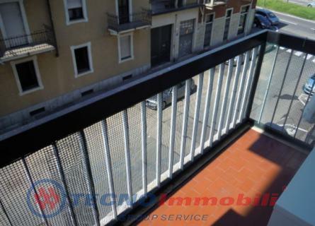 Bilocale Torino Corso Telesio 9