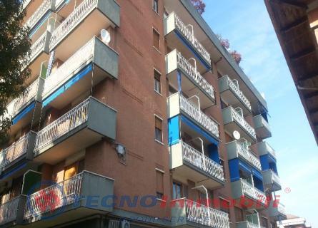Appartamento in vendita a Ciriè, 4 locali, prezzo € 135.000 | Cambio Casa.it