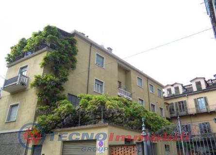 Bilocale Torino Via Santorre Di Santarosa 1