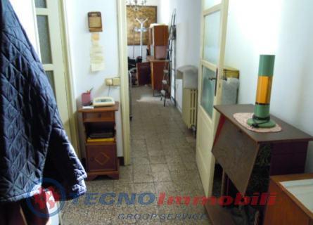 Bilocale Torino Via Santorre Di Santarosa 5