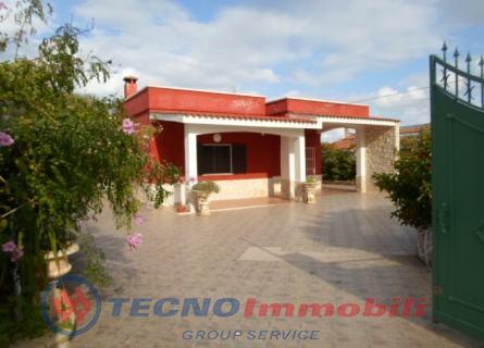 Appartamento in vendita a Maruggio, 6 locali, prezzo € 199.900 | Cambio Casa.it