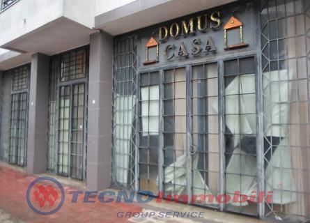 Immobile Commerciale in vendita a Grottaglie, 10 locali, prezzo € 350.000 | Cambio Casa.it