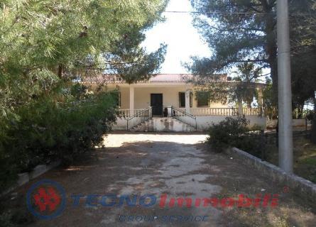 Villa - Manduria (TA)