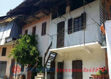 Rustico / Casale in vendita a Front, 2 locali, prezzo € 25.000 | Cambio Casa.it