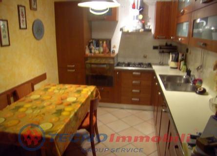 Soluzione Semindipendente in vendita a Lanzo Torinese, 5 locali, prezzo € 140.000   PortaleAgenzieImmobiliari.it