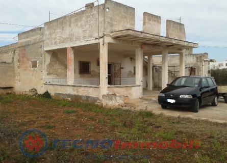 Appartamento in vendita a Manduria, 6 locali, prezzo € 48.000 | Cambio Casa.it