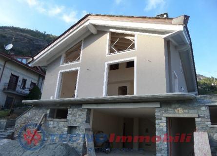 Appartamento in vendita a Sarre, 10 locali, Trattative riservate | PortaleAgenzieImmobiliari.it