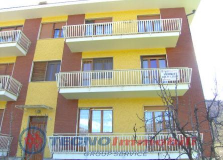 Appartamento in vendita a Lanzo Torinese, 5 locali, prezzo € 149.000 | Cambio Casa.it