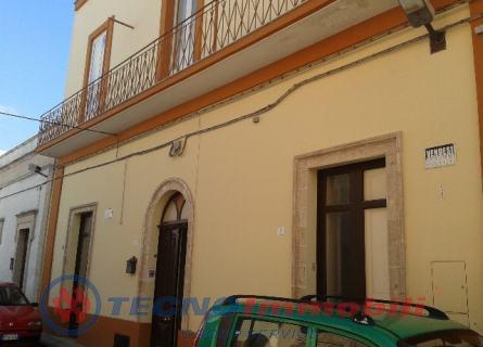Casa indipendente - Manduria (TA)