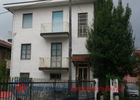 Appartamento in affitto a Caselle Torinese, 2 locali, prezzo € 300 | Cambio Casa.it