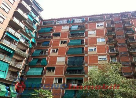 Bilocale Torino Via Gottardo 4