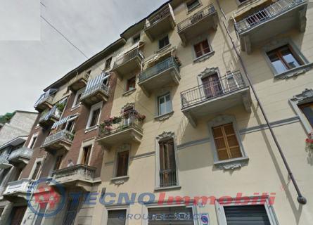 Bilocale Torino Via Portula 1