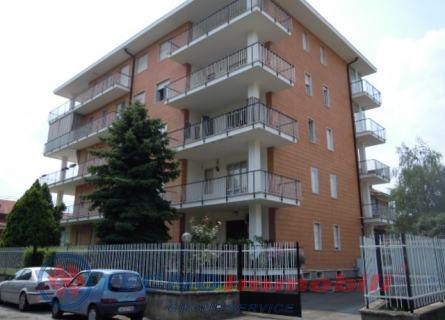 Appartamento in vendita a Ciriè, 4 locali, prezzo € 138.000 | Cambio Casa.it