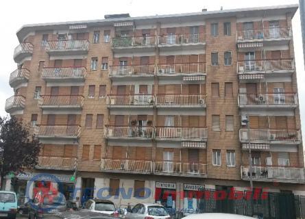 Bilocale Settimo Torinese Via San Mauro 2
