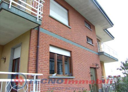 Appartamento in affitto a Vauda Canavese, 5 locali, prezzo € 500 | Cambio Casa.it