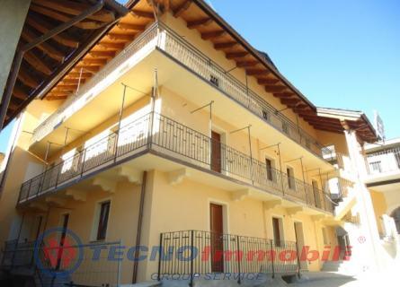 Appartamento in vendita a Nus, 4 locali, prezzo € 155.000 | Cambio Casa.it