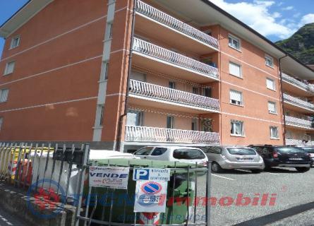 Appartamento in vendita a Verres, 4 locali, prezzo € 95.000 | Cambio Casa.it