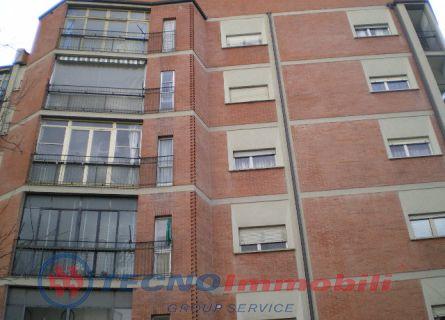 Bilocale Torino Corso Ferrara 10