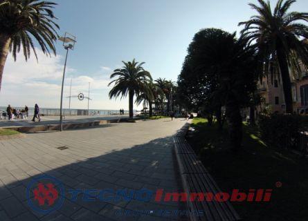 Bilocale Loano Corso Roma 10