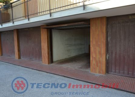 http://www.tecnoimmobiligroup.it/public/img/Immagine_immobile_10_19240.jpg