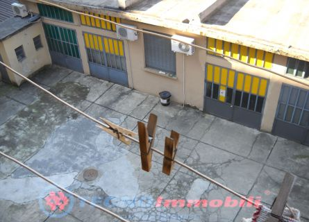 Bilocale Torino Via Gianfrancesco Re 10