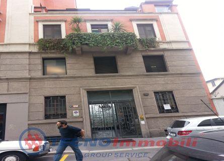 Bilocale Milano Via Boscovic 10