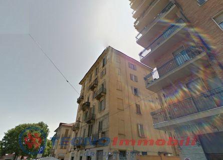 Bilocale Torino Via Urbino 1