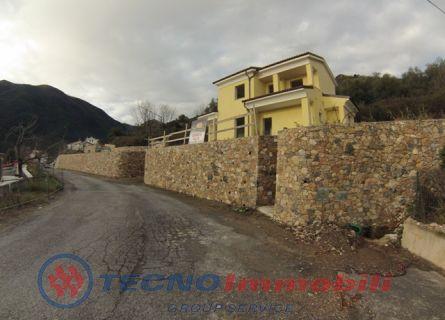 Villa - Toirano (SV)