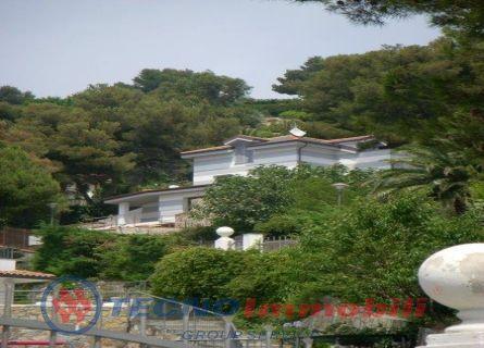 Appartamento in vendita a Andora, 8 locali, prezzo € 2.200.000 | Cambio Casa.it