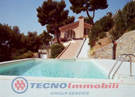 Appartamento in vendita a Andora, 8 locali, prezzo € 1.900.000 | Cambio Casa.it