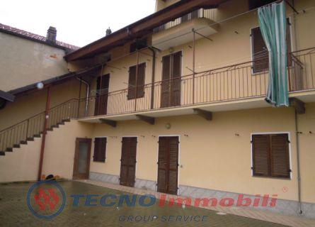 Appartamento in affitto a Vauda Canavese, 4 locali, prezzo € 400 | Cambio Casa.it