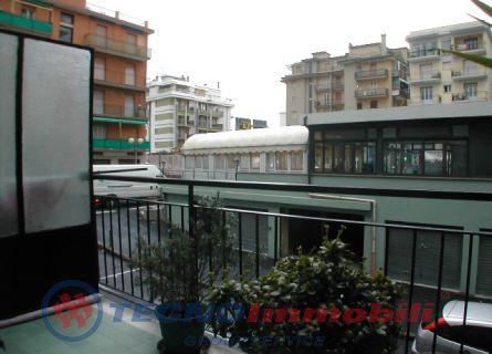 Appartamento in vendita a Borghetto Santo Spirito, 3 locali, prezzo € 180.000 | Cambio Casa.it
