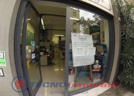 Negozio / Locale in Vendita a Albenga