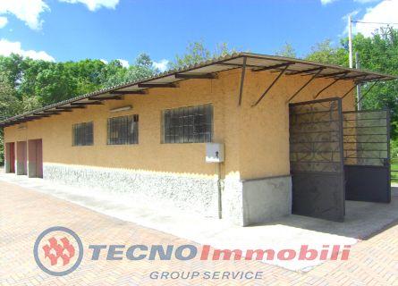 Magazzino in affitto a San Carlo Canavese, 2 locali, prezzo € 300 | Cambio Casa.it