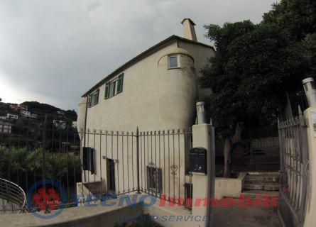 Casa indipendente - Celle Ligure (SV)