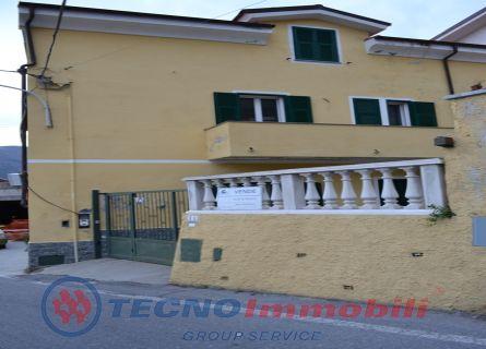 Appartamento in vendita a Toirano, 4 locali, prezzo € 220.000 | PortaleAgenzieImmobiliari.it