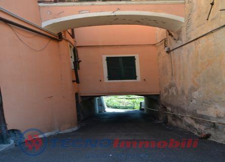 Bilocale Toirano Via Varatella 1