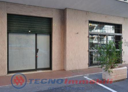 Magazzino in vendita a Loano, 1 locali, prezzo € 80.000 | PortaleAgenzieImmobiliari.it