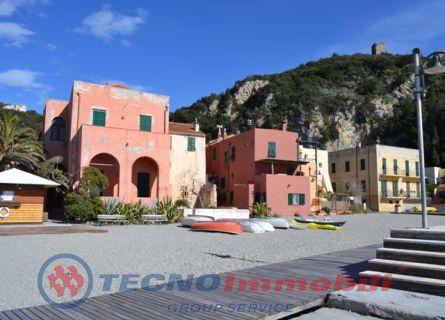 Attività / Licenza in vendita a Loano, 6 locali, Trattative riservate | PortaleAgenzieImmobiliari.it