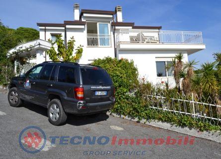 Casa Bi/Trifamiliare - Loano (SV)