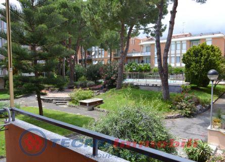 Appartamento in affitto a Loano, 2 locali, prezzo € 1.300 | Cambio Casa.it
