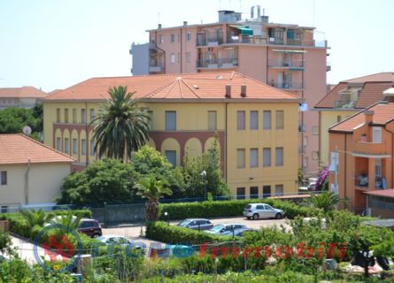Via Ponchielli , 11 Loano (Savona)