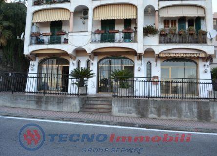 Immobile Commerciale in affitto a Boissano, 1 locali, prezzo € 1.200 | Cambio Casa.it