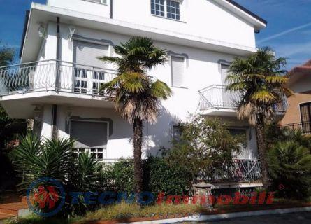 Appartamento in affitto a Loano, 4 locali, prezzo € 75 | Cambio Casa.it