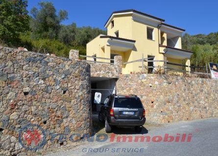 Appartamento in vendita a Toirano, 7 locali, prezzo € 400.000 | PortaleAgenzieImmobiliari.it
