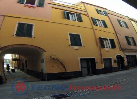 Porzione di casa in Vendita Borghetto Santo Spirito, Via Roma