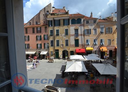 Appartamento in Vendita Piazza Garibaldi
