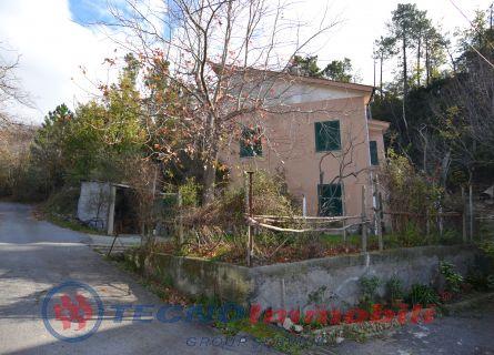Casa Bi/Trifamiliare in Vendita Vezzi Portio, Campei